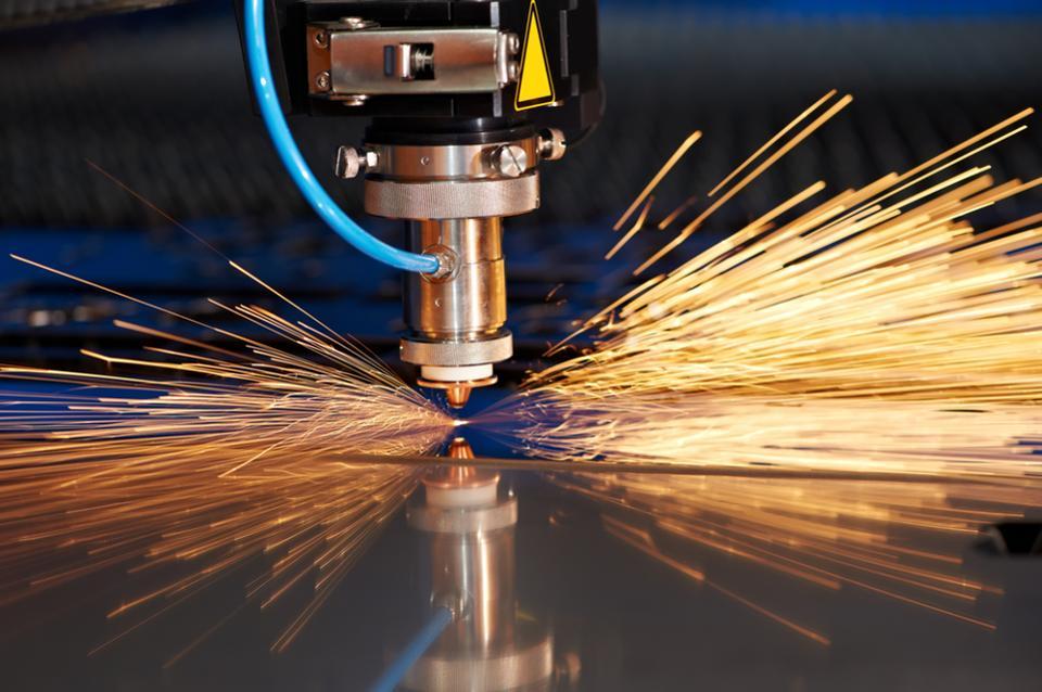 Как сделать лазер для резки метала